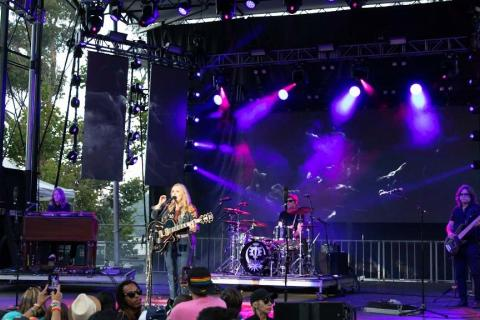 Melissa Etheridge at san diego pride 2019 prosystems av event production