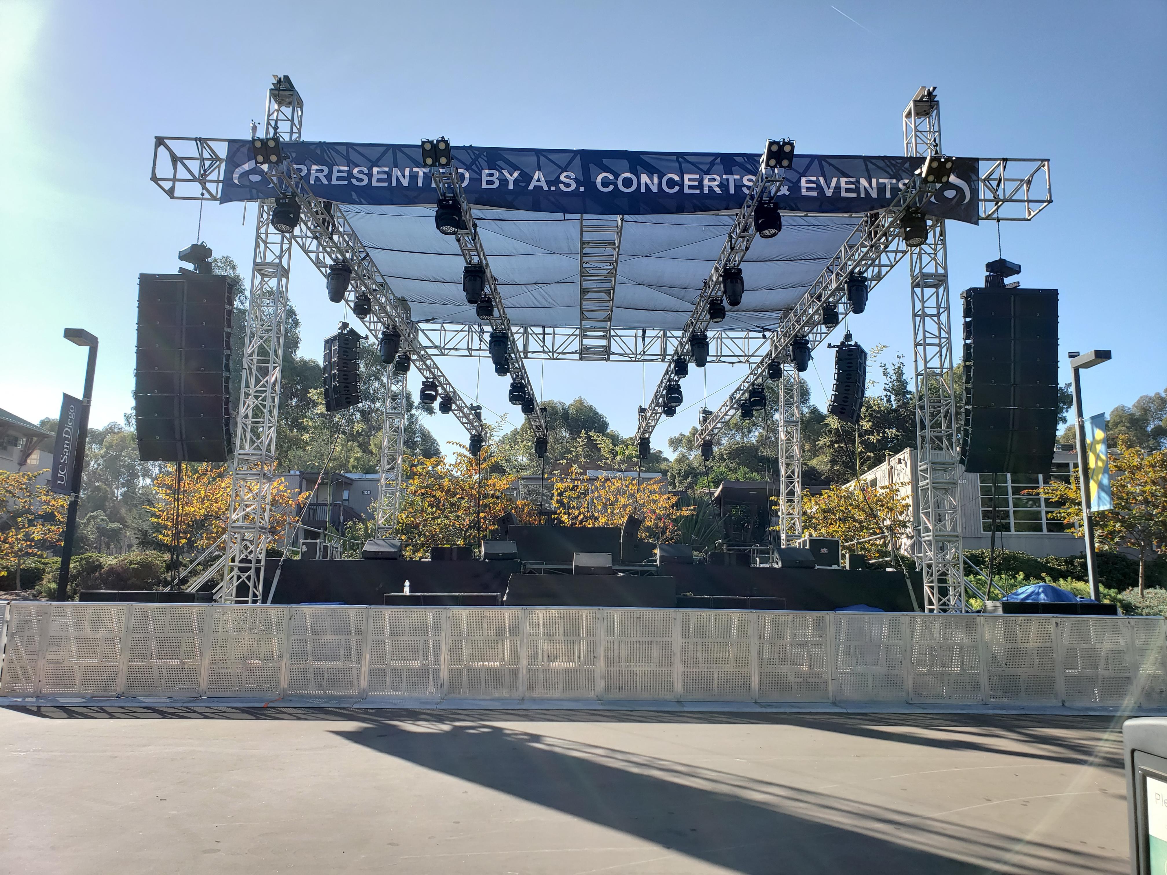 Hullabaloo, UCSD - 2018