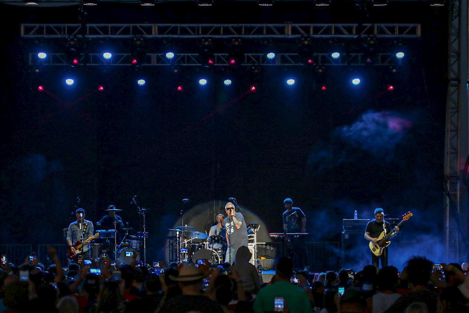 Smash Mouth 4th of July July prosystems av production concert
